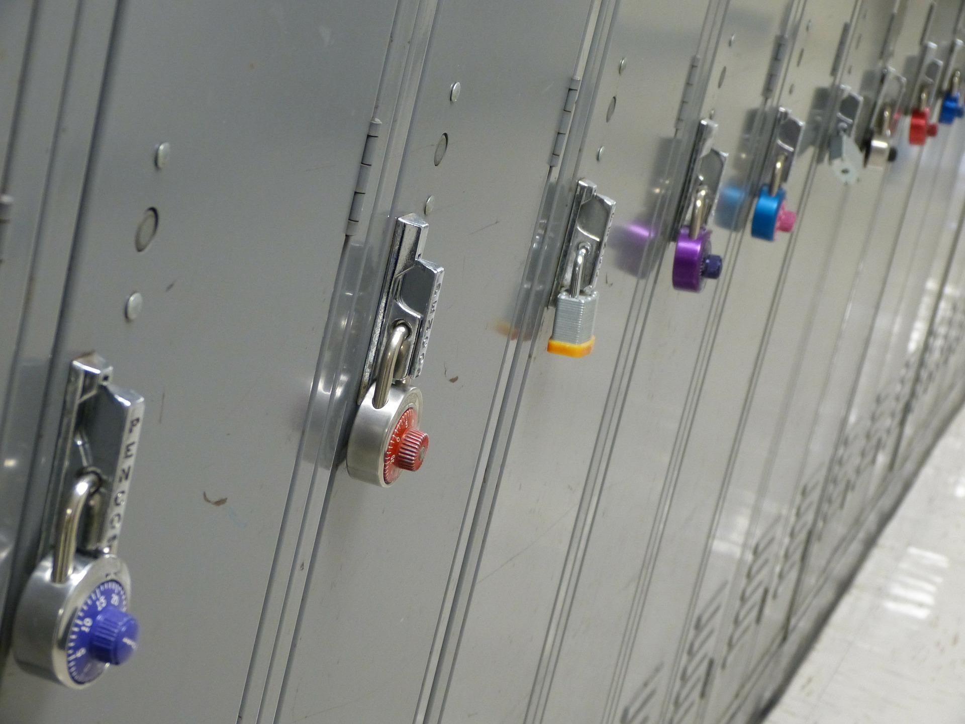 למה חשוב שיהיו לוקרים בכל בית ספר?
