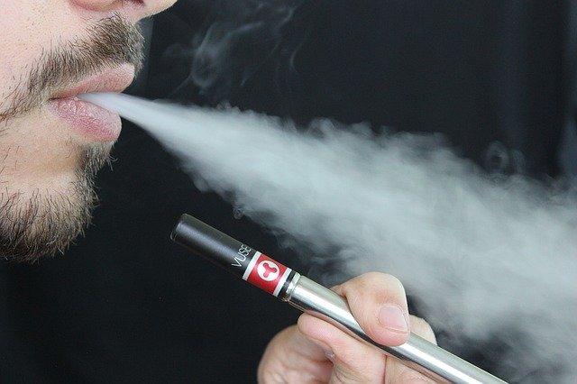 סיגריה אלקטרונית: למה כל מעשן חייב לקנות אחת כזאת?