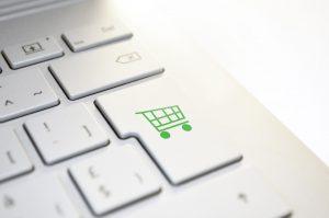 אמאזון איביי או KSP כך תבחרו מה לקנות בחנויות - האינטרנטיות